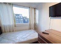 Rooms to rent in a 4-bedroom flatshare in Putney