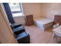 Double Bed in Rooms to rent in comfortable 5-bedroom flat with garden in Langdon Park, Tower Hamlets