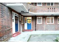 Single Bed in Rooms to rent in 4-bedroom flat with dryer in Lisson Grove area