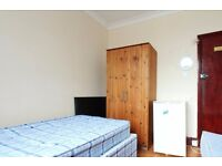 Twin Beds in Rooms available for rent in 4-bedroom, 2-storey flatshare in Hackney
