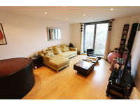 2nd floor 2 bed flat opposite Purley Station, CR8, unfurnished, balcony, NEFF appliances, lift