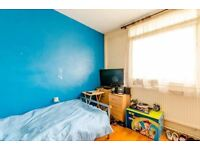 CHECK OUT THIS DOUBLE ROOM FOR SINGLE USE ! FANCY & COOL AREA! ZONE 2