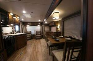 "2016 Jayco ""Jay Flight"" 28RLS Elite Lite - Rear Living - 3 door Labrador Gold Coast City Preview"