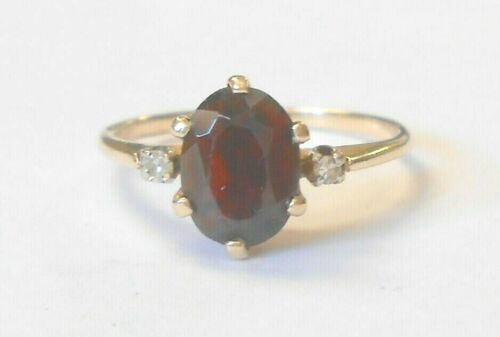 Vintage Lrg Garnet Solitaire Diamond Accent 10K Yellow Gold Ring Size 6.5