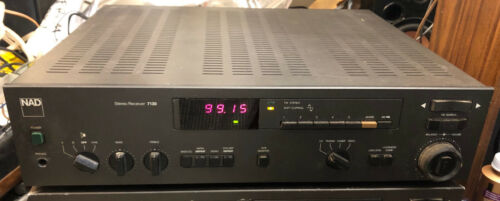 Classic NAD 7130 Receiver - MC Phono Input - Sounds Awesome & Looks Nearly Mint!