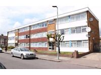 ILFORD, IG3, SPACIOUS 2 BEDROOM FLAT