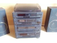 Sanyo HiFi with fantastic turntable (also has twin cassette, radio, multi cd) - 40W speakers