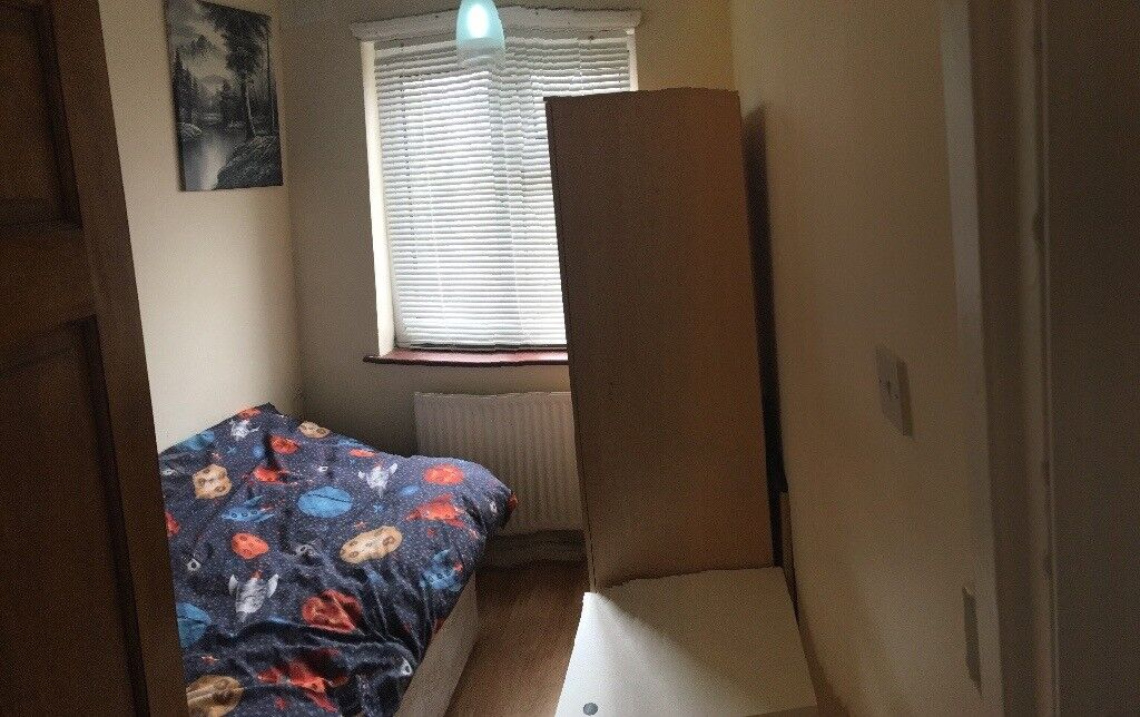 Cheap single room close to Harrow&wealdstone station zone