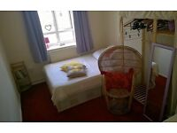 Double Room in Zone 2 Flat Share - Close to Transport Connections