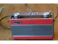 Roberts Radio R25.