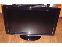 Panasonic TX-L32S10BA 32 inch full hd 1080p tv with freeview