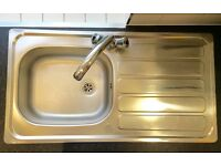 Kitchen fitters/Sink/Worktop/Taps/Extractors/Cupboard fitting & assembling/