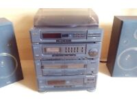 2x40W Sanyo HiFi DCX900MD - great sound, line in, turntable, 2xtape deck, intermittent multi(4)CD