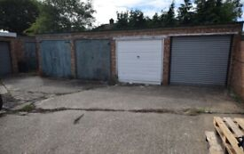 Single garage in Dagenham/Romford RM7 0YX to let Parking or storage. 24 hour access.
