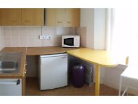 Studio flat near Poole Quay for 1 person.