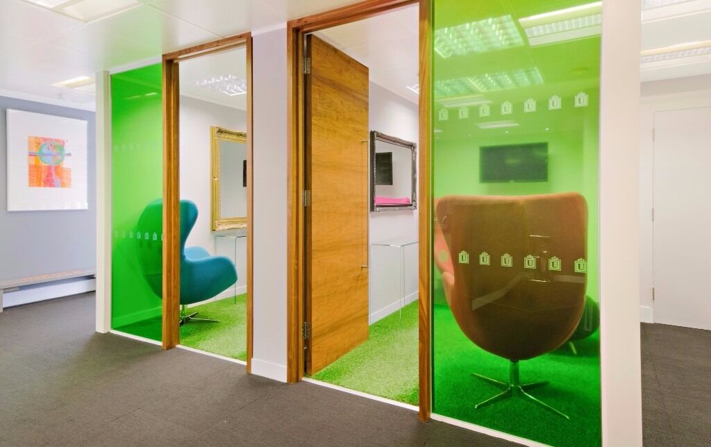 Customisable Office @ Strand + Serviced Desk Spaces in Victoria!