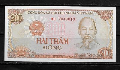 VIETNAM #100a 1987 MINT-CRISP OLD 200 DONG BANKNOTE NOTE PAPER MONEY - Vietnam Paper