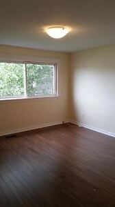 2 BEDROOM, 3 LEVEL TOWNHOUSE IN DARTMOUTH AVAIL. OCTOBER 1ST