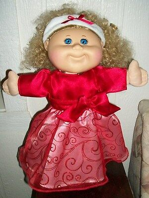 Cabbage Patch Kids 2012 Holiday Limited Edition Blonde with Blue Eyes  XLENT