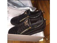 Giuseppe Zanotti Black Leather Low Top Gold Zipper Men's Designer Sneakers