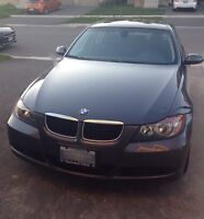 2007 Bmw 3 series low kms + winter tire on rims
