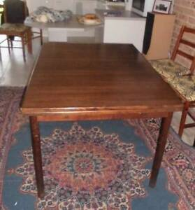 Extendable dining table, solid wood Kingswood Penrith Area Preview