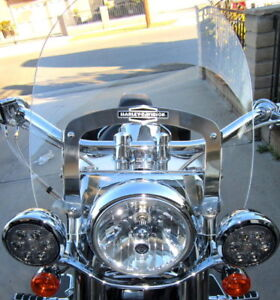 Harley Davidson Motorcycle Detachable Windshield