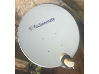Technomate satellite dish with extras