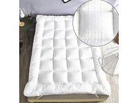 Single Bed Size Microfibre Mattress Topper