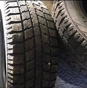 Set of 4 Gently Used Winter Tires 185/60/R14 Gatineau Ottawa / Gatineau Area image 1