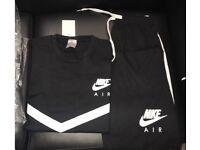 Nike t-shirt& shorts set