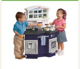 Play kitchen little tikes