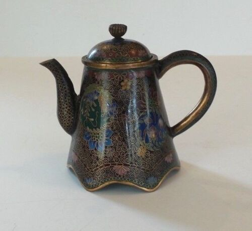 WONDERFUL 19th C. JAPANESE CLOISONNE  ENAMEL ON BRONZE MINIATURE TEAPOT