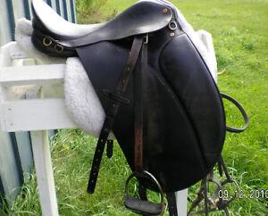English Saddle Belleville Belleville Area image 1