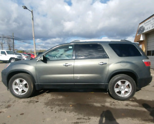2011 GMC Acadia, FWD,  low Km's only $9000