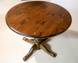 Round Dining / Coffee Table, 36in Dark Pine