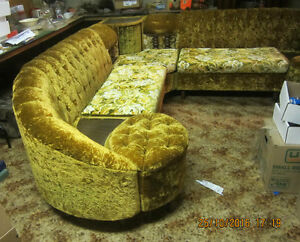 ORIGINAL 1970'S SECTIONAL COUCH WITH TABLE. Regina Regina Area image 1