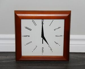 Wall Clock / Wood Trim