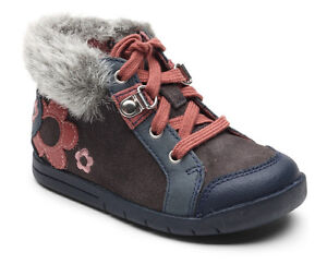 Clarks Girls Winter Suede Boots In Blue