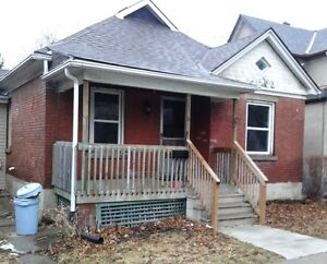 Cute 3 Bedroom Bungalow off Queenston near Church