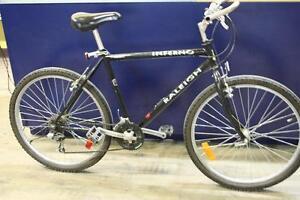 Vélo de promenade Raleigh (A037180)