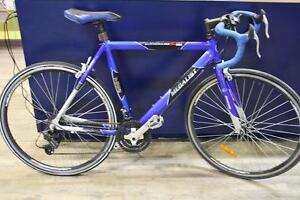 Vélo de route Medalist Alluminium