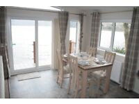 Luxury Lodge on the Loch side,stunning views,massive deck,one hour from G'gow,family holiday park...