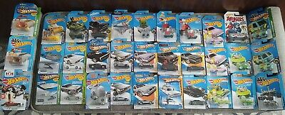 Hot Wheels Lot 33 Screen Time, Ecto Time Machine Jetsons Halo Goldfinger Snoopy