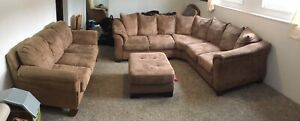 Couch, sectional & ottoman (in salmon arm)