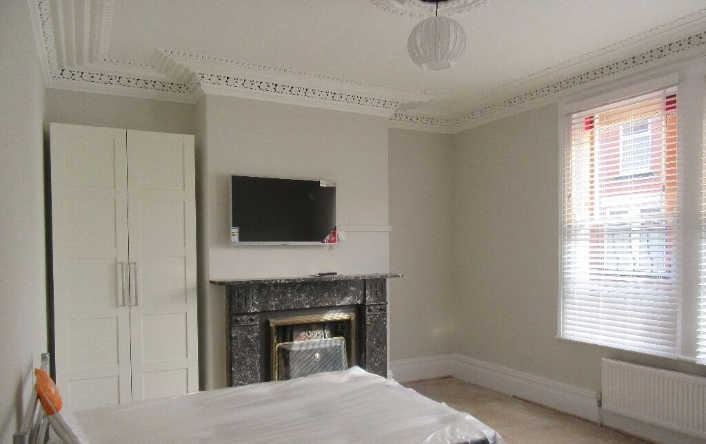 1st July 17 - 6 DOUBLE Bed 2 Bath House Albion Rd (Near Font) Fallowfield Refurbed 2016 6 x £455