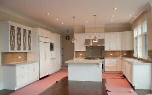 Hampton style 10 x 10 wood kitchen - Financing available - $73 a month (OAC)