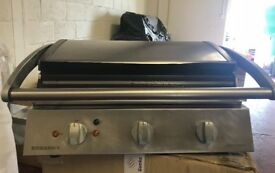 GRILL, ELECTRIC ROBAND GRILL, USED, EXCELLENT CONDITION £350 ONLY!!