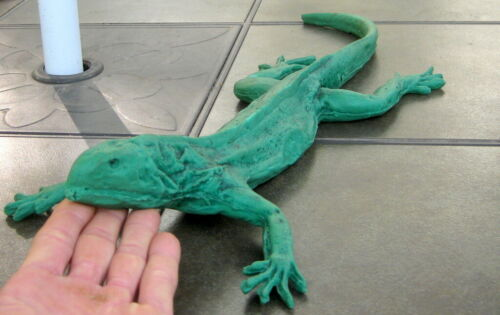 LARGE 1953 VINTAGE / ANTIQUE RUBBER TOY IGUANA DINOSAUR LIZARD REPTILE PRIMITIVE