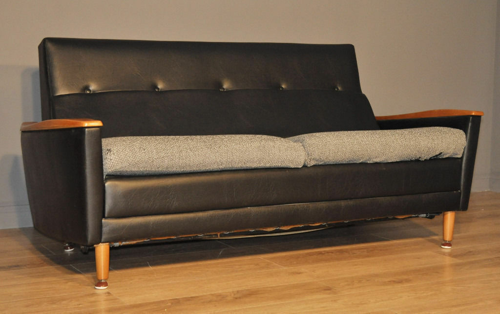 Attractive Stylish Vintage Retro Mid Century Modern Schreiber Sofa Couch Day Bed